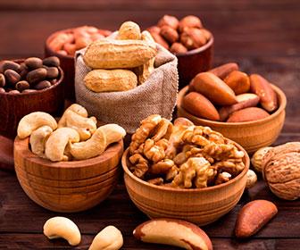 Las semillas y frutos secos son buenas fuentes de magnesio y también de potasio y calcio